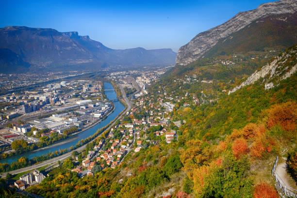 Vue aérienne de Grenoble, Isère en automne